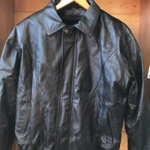 Other - Leather USA leather bomber jacket 2 pc vest inside